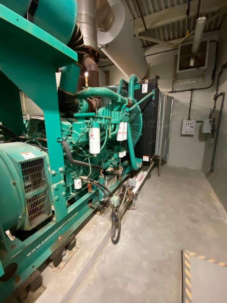 Used 750 kW Cummins DQFAA Diesel Generator – EPA Tier 2