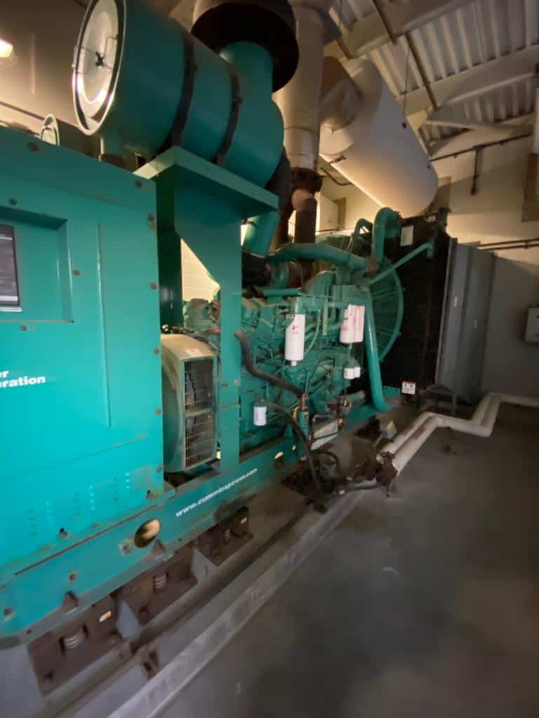 Used 1000 kW Cummins DQFAD Diesel Generator – EPA Tier 2