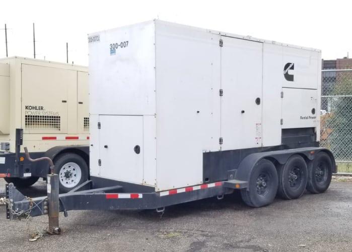 Used 300 kW Cummins C300D6R Portable Diesel Generator – EPA Tier 3 – ON RENT